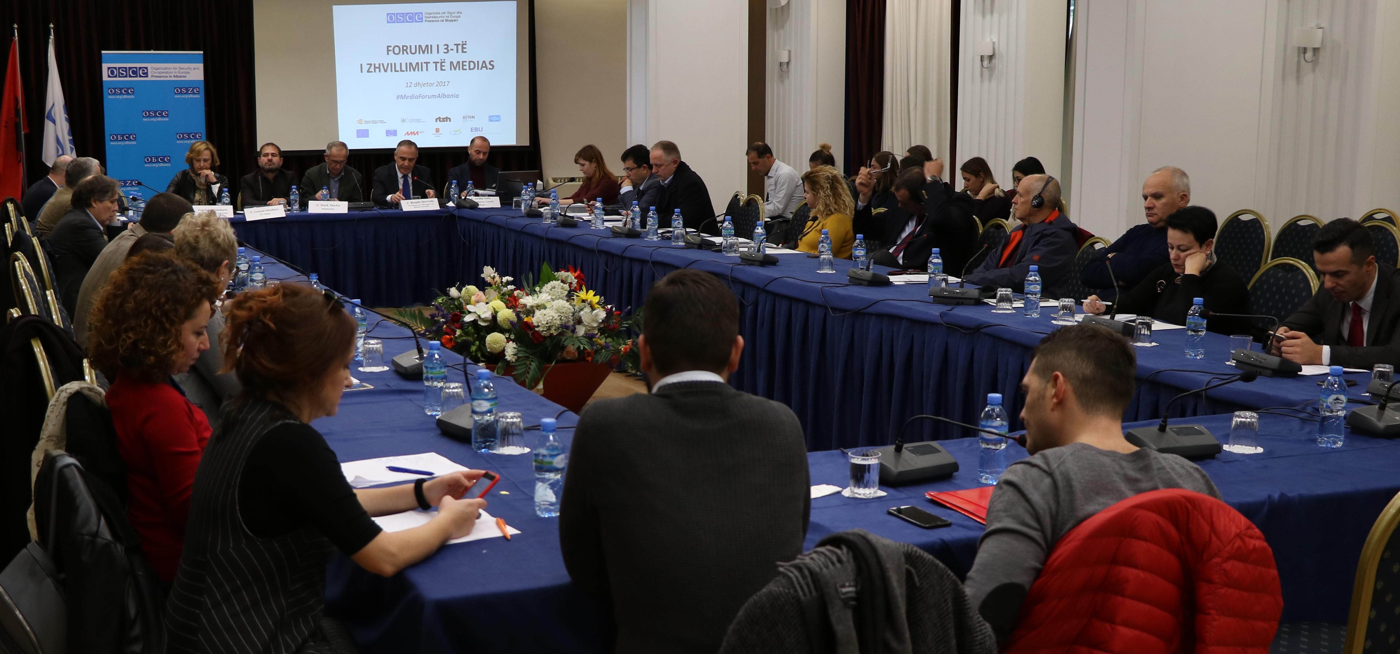"""""""Forumi për Zhvillimin e Medias"""", balanca mes privatësisë dhe të drejtës për informim"""