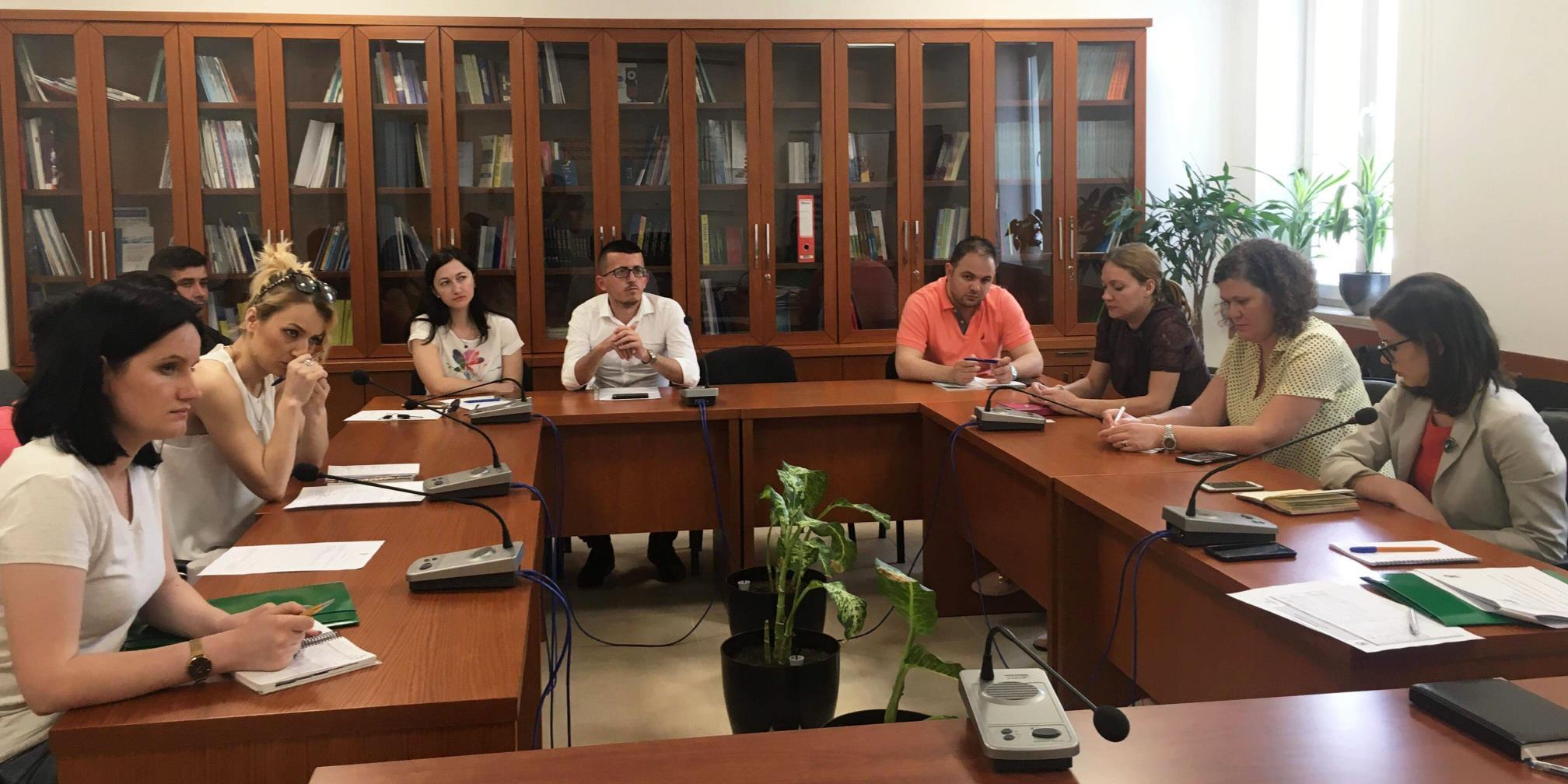 Bashkëpunimi me organizatat e shoqërisë civile në funksion të respektimit të të drejtave të individit
