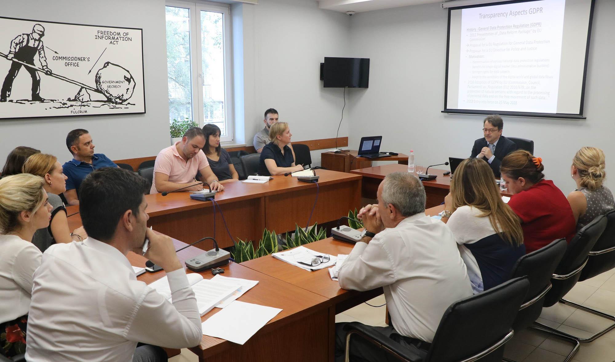Transparenca në Rregulloren e Përgjithshme të Mbrojtjes së të Dhënave Personale, trajnim me stafin e Zyrës së Komisionerit
