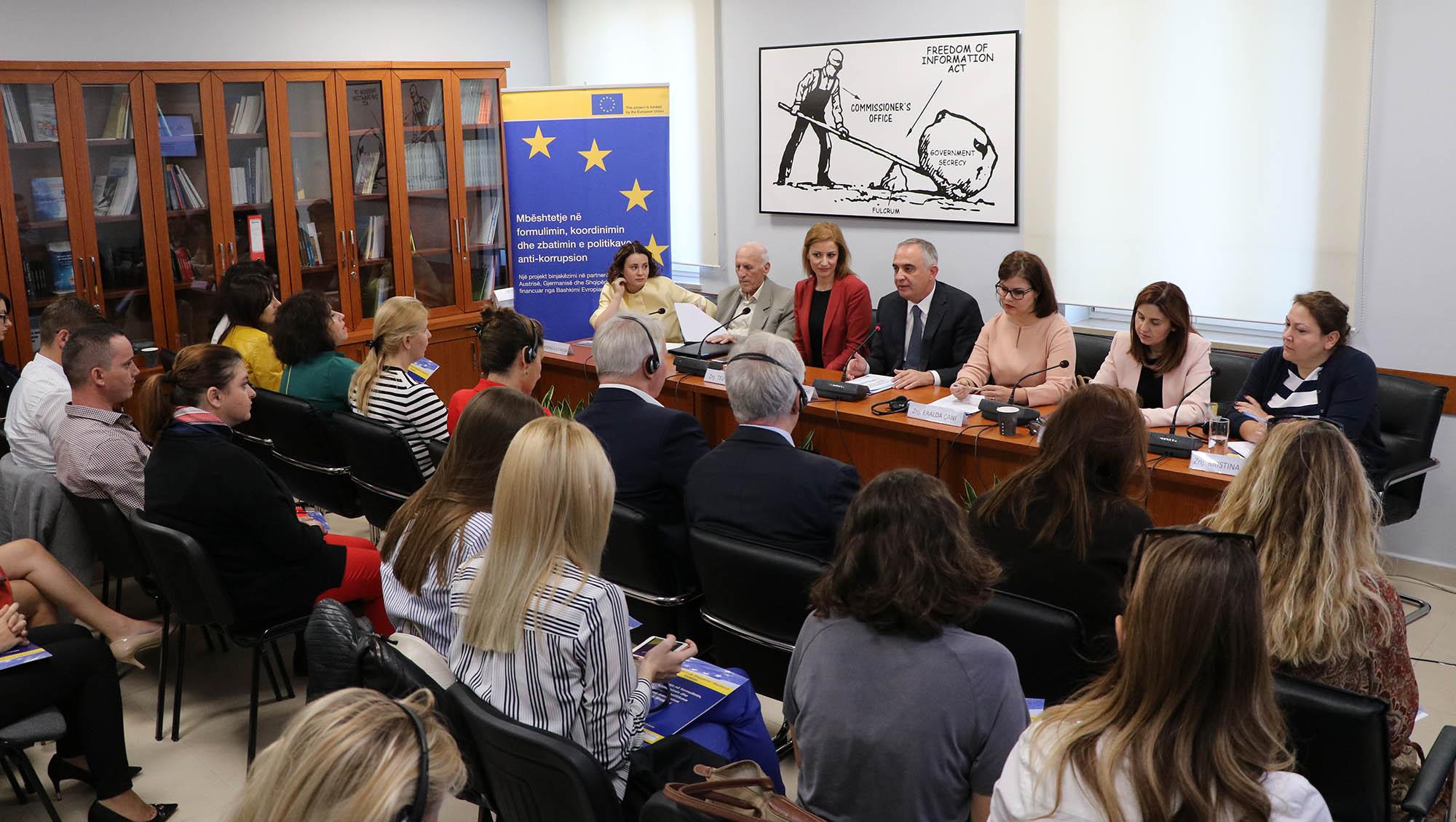 """""""Droit à l'information"""", 3ème Forum consultatif anti-corruption"""