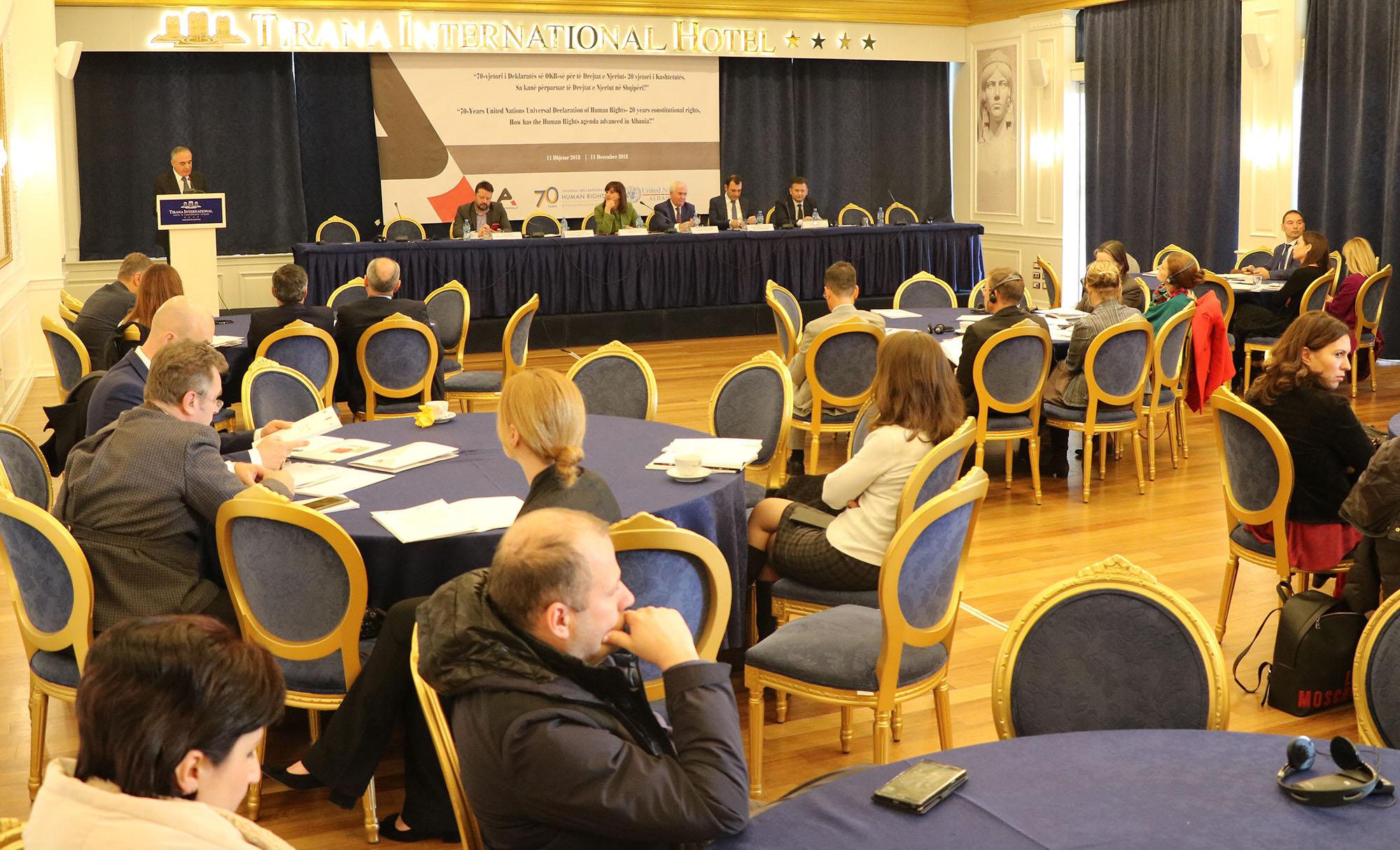 Droits de l'homme et libertés fondamentales: Conférence annuelle de l'Avocat du Peuple